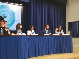 Dr. Uhls at White House on changing gender portrayals in toys and media